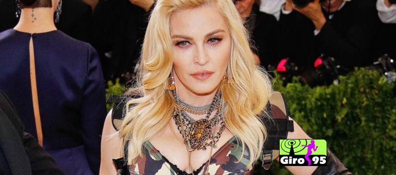 Madonna publica vídeo com filhas dançando ao som de MC Kevinho