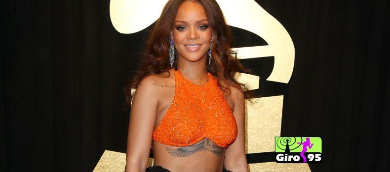 Site porno parabeniza Rihanna por seu aniversário