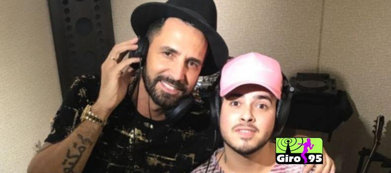 Latino grava música com MC G15