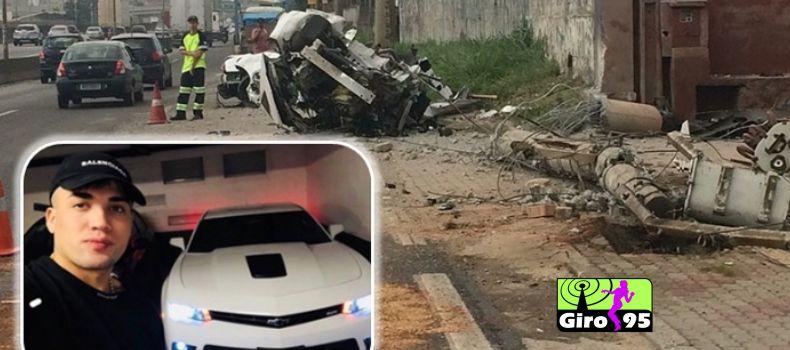 Carro de luxo de MC Brisola bate em poste e deixa um morto em SP