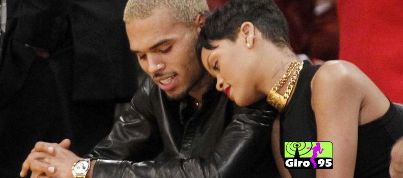 Chris Brown é solto e Rihanna espera que verdade venha à tona