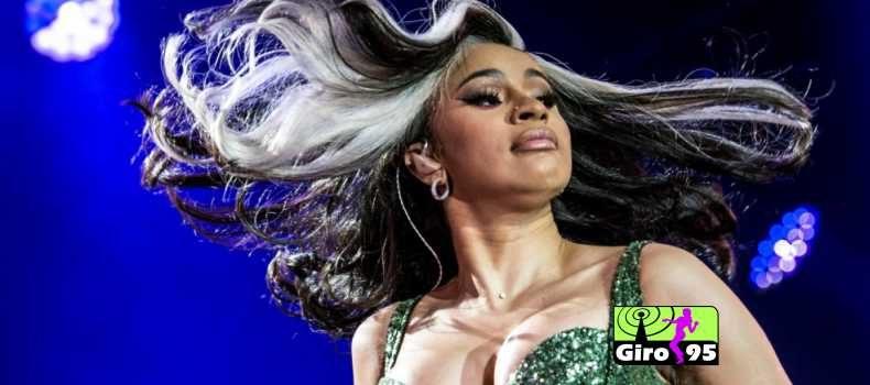 Cardi B sofre ameaça e cancela show em EUA