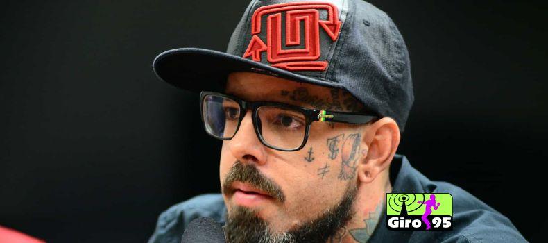 Vocalista do 'Detonaltas' está investindo em 'cannabis', mas nega ser usuário de maconha