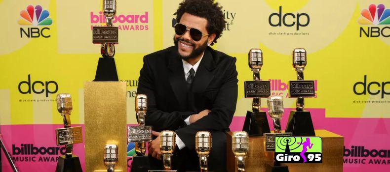 The Weeknd leva 10 prêmios na Billboard Music Awards 2021